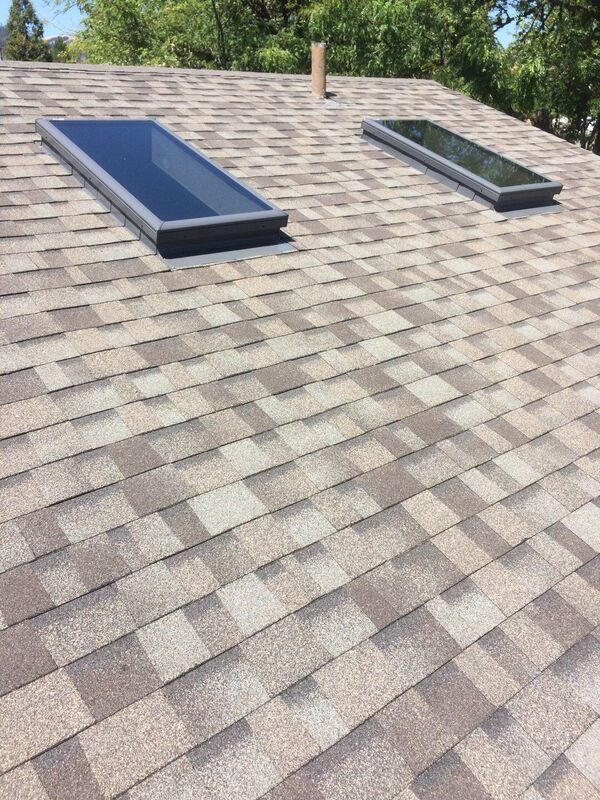 Riddle_shingle_roof_close_up